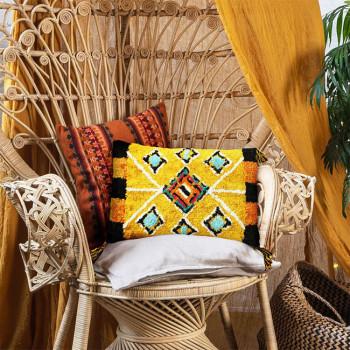 Coussin rectangle berbère ethnique jaune